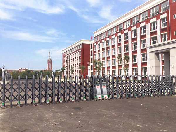 河北交通大学海滨学院-雄盾760